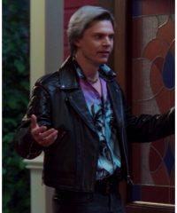 wandavision-evan-peters-biker-jacket